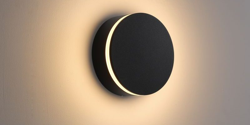 LWA386 12 Watt round black garden LED wall light